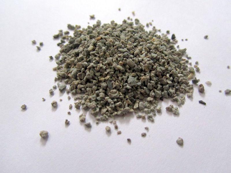 Dry_bentonite